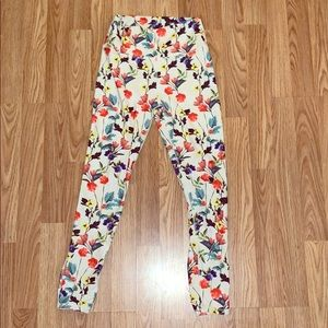 Fabletics High Waisted Floral leggings